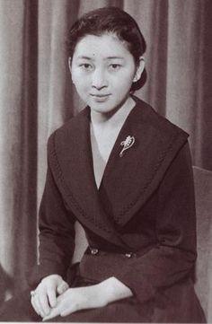 ご成婚前の美智子皇后陛下