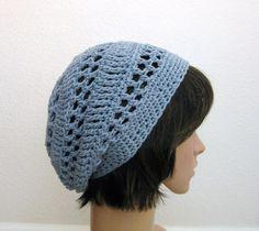 crochet slouch hat (side view)