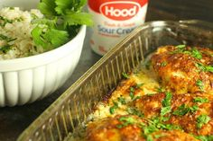 Smothered Cheesy Sour Cream Chicken: Fast, easy, delicious baked chicken dish that the whole family will LOVE! 10 min prep time & the oven takes care of the rest! Chicken Bacon Ranch Pasta, Sour Cream Chicken, Baked Chicken, Chicken Recipes, Oven Chicken, Crusted Chicken, Chicken Meals, Cheesy Chicken, Canned Pumpkin Pie Filling