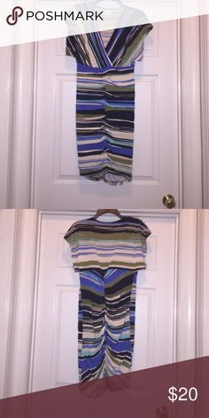 Robbie Bee Dress Never worn. Tags not attached. Color multi. Nice fit around hips. Robbie Bee Dresses Midi