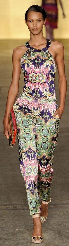 ➗Sacada São Paulo Fashion Week (Brazil) #DressingwithBarbie