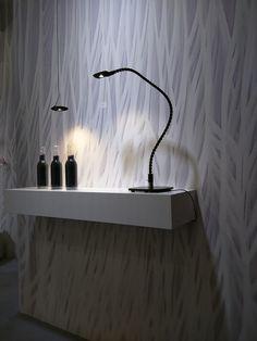 """""""Surreales Design auf Tapeten und Oberflächen spielen hier eine wichtige Rolle."""""""