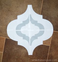 While They Snooze: DIY Moroccan-Style Wall Stencil Tutorial - Bohemian Home Diy Moroccan Stencil, Moroccan Decor, Moroccan Style, Diy Wand, Free Stencils, Turkish Art, Wall Patterns, Stencil Patterns, Stencil Designs
