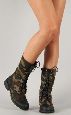 Women's Nature Breeze LUG-11 CAMOUFLAGE Lace Up Military Boots sz 5.5 to 10