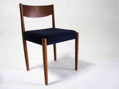 Midcentury modern dining chair can a repeat of any design element, whether with color or accessories or furniture, Black Dining Chairs, Mid Century Dining Chairs, Leather Dining Chairs, Vintage Modern, Mid-century Modern, Danish Modern, Modern Design, Contemporary Dining Chairs, Contemporary Interior