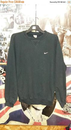 492dc8957c67 Vintage NIKE Crewneck Pullover Sweatshirt Black Sweater Streetwear Swag  90 s Size S