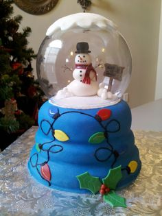 Snowglobe - This is a snowglobe cake I made for my daughter's xmas party at school. I had so much fun doing this one! Thanks CC users for all the great ideas and inspirations!