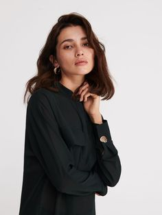 The new collection now available! Check it out, buy it online! Buy quickly and conveniently online. Secure shopping Free return within 90 days. Clothes 2019, Retail, Stuff To Buy, Blouses, Pockets, Shopping, Collection, Tops, Women
