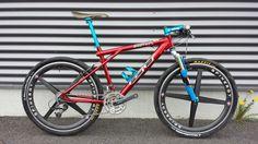 Superb GT Zaskar on Spinergy wheels! Off Road Cycling, Cycling Bikes, Gt Mountain Bikes, Hardtail Mtb, Gt Bikes, Moutain Bike, Garage Bike, Retro Bike, Urban Bike