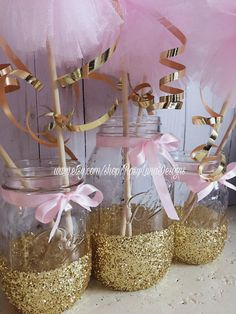 Pink and gold birthday party decor, mason jar set, pink and gold wedding decor, baby shower centerpi Birthday Party Centerpieces, Baby Shower Centerpieces, Birthday Decorations, Baby Shower Decorations, Balloon Centerpieces, Wedding Decorations, Baby Girl Shower Themes, Baby Shower Princess, Princess Theme