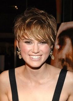 Keira Knightly with a short hair style.