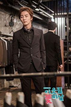 Yoon Shi Yoon --- FBND Hot Korean Guys, Korean Men, Korean Actors, Korean Dramas, Korean Drama Stars, Korean Star, Yoon Shi Yoon, Boy Idols, Best Dramas