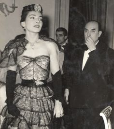 Callas without the rhinestone-studded glasses, 1956.