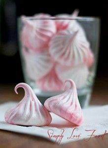 Peppermint Meringue Kisses...♥♥...     Adapted from  baking.com    (servings will vary – this batch made 48 small meringue kisses for me)  3 large egg whites  ¼ teaspoon cream of tartar  ¾ cup of granulated sugar  ¼ teaspoon peppermint extract  Red gel-paste food coloring