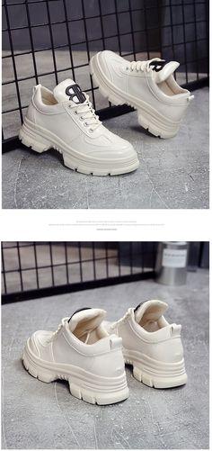 8c4bb7b99 |Новинка 2019 года; сезон весна; обувь из лакированной кожи на платформе;  женские кроссовки на массивном каблуке; обувь с шипами; Цвет черный, белый;  ...