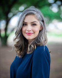 Grey White Hair, Long Gray Hair, Silver Grey Hair, Grey Hair Model, Grey Hair And Glasses, Grey Hair Transformation, Charcoal Hair, Silver Haired Beauties, Grey Hair Inspiration