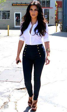 Resultados de la Búsqueda de imágenes de Google de http://1.bp.blogspot.com/-BpFTizikECY/T50aGMWSokI/AAAAAAAABSQ/YLpprjvtQ-8/s1600/1273239249_kim-kardashian-290.jpg Kim Kardashian, Kardashian Beauty, Kardashian Fashion, Love Her Style, Kim K Style, Edgy Style, Passion For Fashion, Love Fashion, Fashion Outfits