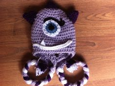 Monster crochet hat Vivi fez arte