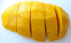 Thai Coconut Sticky Rice with Mango in Sushi Form Coconut Sticky Rice, Mango Sticky Rice, Thai Coconut, Canned Coconut Milk, Sushi Style, Sushi Mat, Mango Recipes, Glutinous Rice, Sushi Rolls