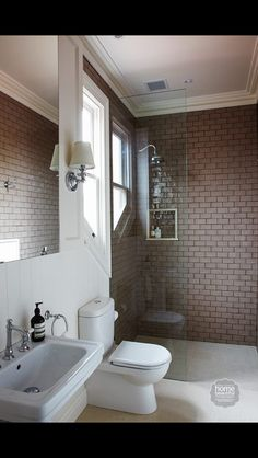 Feature tile in shower, bathroom layout