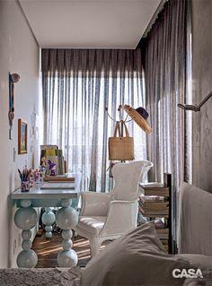Toque de cores + peças de design = charme e elegância garantido