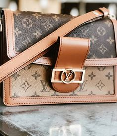 LV Handbags New LV Collection For Louis Vuitton Handbags,Must have it Louis Vuitton Backpack, Louis Vuitton Shoes, Vuitton Bag, Louis Vuitton Handbags, Louis Vuitton Monogram, Luxury Handbags, Fashion Handbags, Purses And Handbags, Cheap Handbags