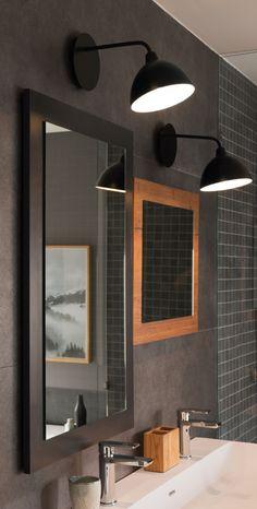 Luminaire de salle de bains style vintage noir mat.  #miroir #eclairage #Schmidt #HomeSchmidtHome #HomeDesignBySchmidt #luminaire #salledebain #bathroom #vintage #noir #inspiration #decoration