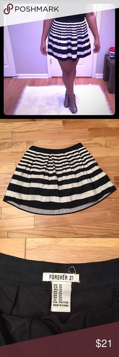 Forever 21 Striped Skirt I personally call this my Sunday skirt! It's good for all occasions where you want to dress up but not overdo it! Super cute with a bodysuit and some heals 💋😉 Forever 21 Skirts