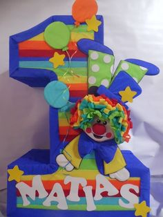 Number 1 pinata. Carnival Themed Party, Carnival Themes, Circus Theme, Circus Party, Boys 1st Birthday Party Ideas, Carnival Birthday, Clown Party, Noah, Skate Party