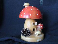 Erzgebirge Mushroom House Smoker