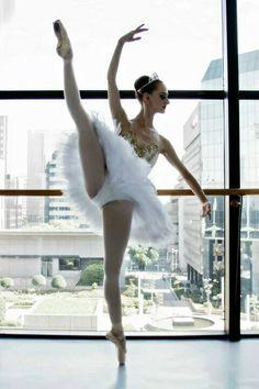 Love this tutu, love ballet