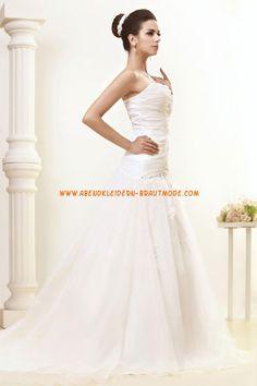 Wunderschöne trägerlose tiefe Taille A-linie Brautkleider aus Organza mit Applikation