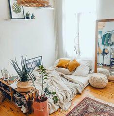 56 of The Best Bohemian Style Bedrooms,bohemian bedroom ideas on a budget,romantic bohemian bedroom Room Ideas Bedroom, Cozy Bedroom, Diy Room Decor, Bedroom Decor, Bedroom Inspo, Bedroom Inspiration, Ideas Para Organizar, Home Improvement Loans, Boho Room