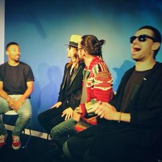30secondstomars With FuseTV News talking about our #VMA win! What an amazing 24 hours!