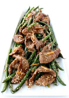 This Ginger Beef and Green Bean Stir Fry is a healthy, low carb dinner that can also be served with rice or noodles on the side! Stir Fry Recipes, Meat Recipes, Asian Recipes, Cooking Recipes, Healthy Recipes, Top Recipes, Bariatric Recipes, Asian Foods, Healthy Breakfasts