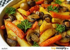 Barevné hranolky, pečené se žampiony recept - TopRecepty.cz Roasted Vegetables, Veggies, Vegan Recipes, Cooking Recipes, Vegan V, Pot Roast, Vegetable Recipes, Clean Eating, Good Food