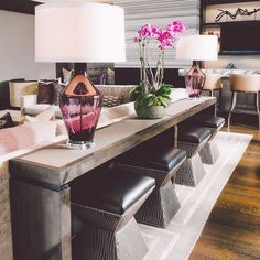 Perfectly Design Living Room Design with These Beautiful Far.- Perfectly Design Living Room Design with These Beautiful Farmhouse Sofa Tables - Design Living Room, Home Living Room, Living Room Decor, Living Room Tables, Dining Rooms, Family Room Design, Apartment Living, Sofa Table Decor, Sofa Tables