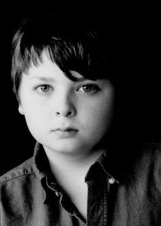 Spencer Breslin as Ewin Finngar