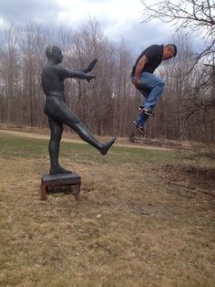 Fun With Statues. #funwithstatues