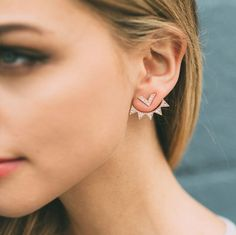 Cheap earrings triangle, Buy Quality triangle stud earrings directly from China small stud earrings Suppliers: Hot New Fashion jewelry mix color alloy plated Small triangle with crys stud earrings best gift for women girl wholesale Black Diamond Earrings, Diamond Studs, Gold Earrings, Jacket Earrings, Women Accessories, Jewelry Accessories, Jewelry Design, Dainty Jewelry, Antique Jewelry