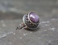 Ornate Natural Ruby Ring Size 8 and a half por PureDichotomy, $225.00
