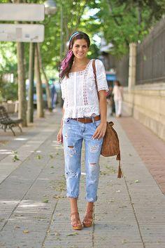 Free People White Peplum Lace And Crochet Detail Blouse by TrendyTaste Vaqueros Boyfriend, Boyfriend Jeans, Look Boho, Look Chic, Boho Fashion, Fashion Outfits, Fashion Trends, Fashion Bloggers, Trendy Taste