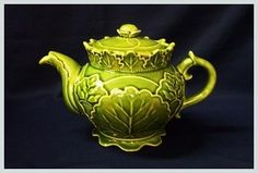 Green Leaf Majolica Teapot - would be cool to paint this.