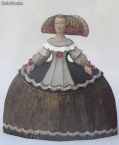 comprar meninas de ceramica - Buscar con Google Illustrations, Decorative Bells, Sculpture Art, Sculpting, Pottery, Statue, Dolls, Crafts, Painting