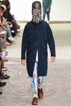 See the complete Julien David Spring 2016 Menswear collection.