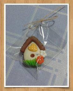 Imã de geladeira casinha em biscuit !!! By safira biscuit