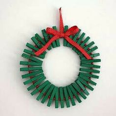 Finished wire/peg/bead wreath