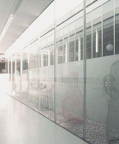Картинки по запросу A SCHOOL IN ALTAVILLA VICENTINA In the Shadow of Children in Flower