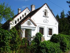 Hungary - Káli-medence I hungarian old rustic farmhouse I architecture Rural House, Heart Of Europe, Vernacular Architecture, Budapest Hungary, Traditional House, Rustic Farmhouse, Countryside, New Homes, Exterior