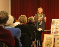 Kim Whittingham talking to the Orwell Art Club members about her watercolour techniques in the February 2015 meeting.
